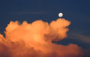 clouds-323426_1920